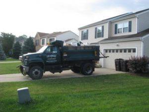 single axle truck for construction debris